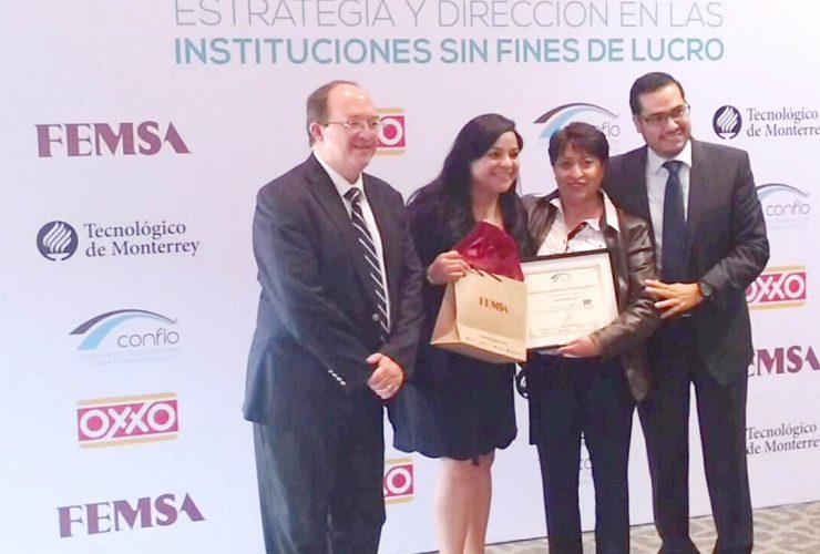 Angelitos de Cristal I.A.P. es reconocida por Confio.
